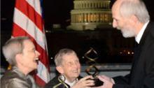 Librarian Richard Wallace receives the Debakey Award