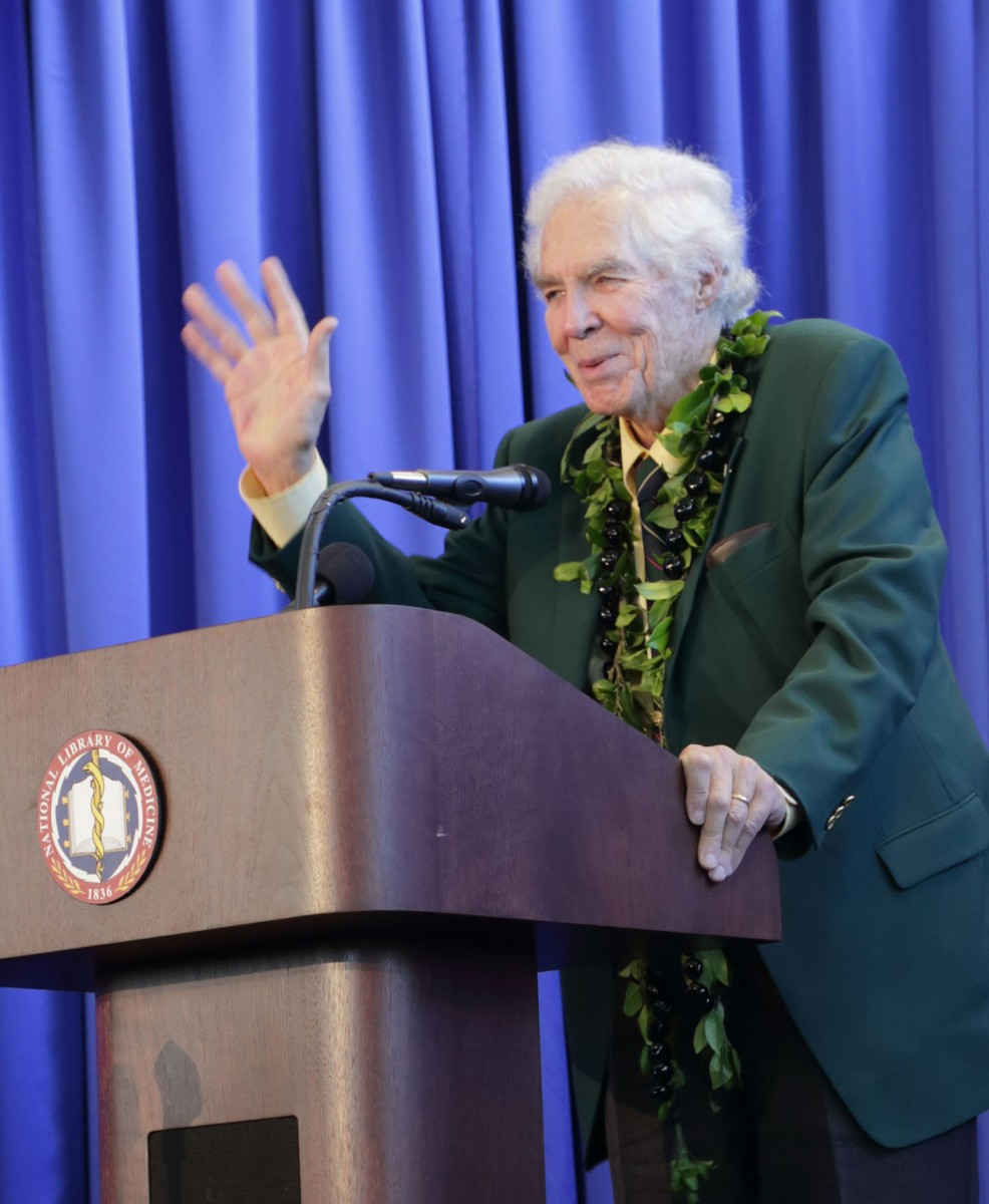 Dr. Donald Lindberg speaks at NLM farewell