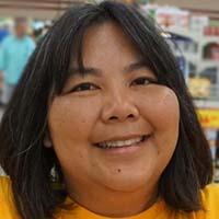 casual headshot of Roxanne Yamashita