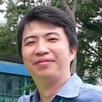 Casual headshot of Alan Hsu