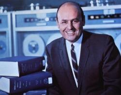 formal portrait photo of Martin Cummings