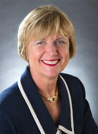 headshot of Suzanne Bakken